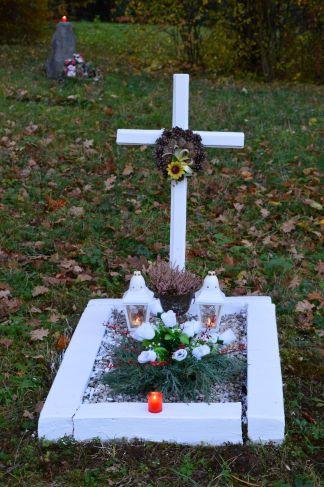 white grave