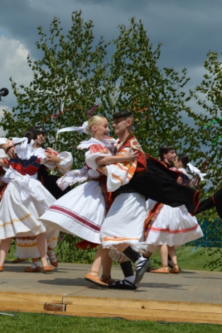 traditional detvian dance