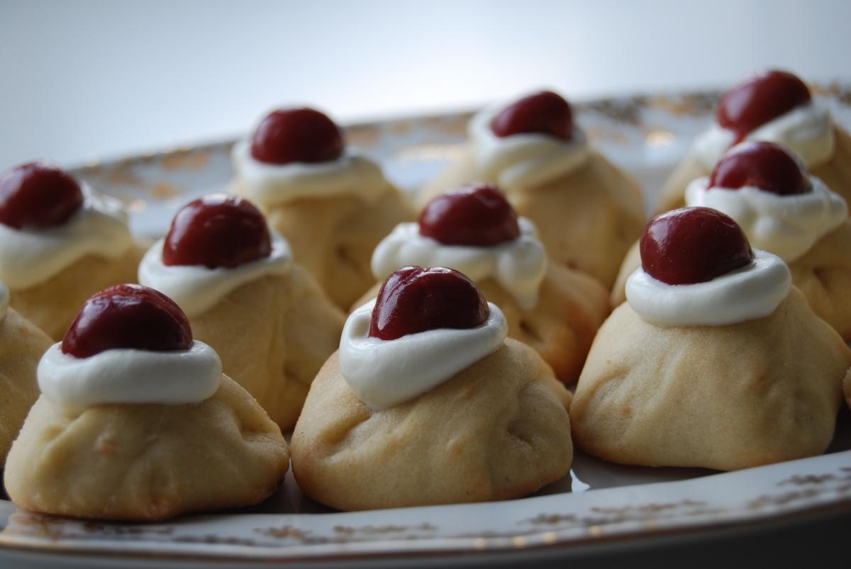 Sour Cherry Cakes