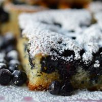 Quick-and-easy Bilberry Cake