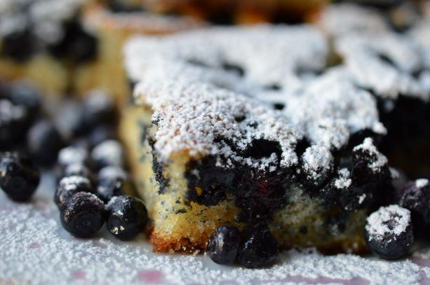 bilberry cake 1