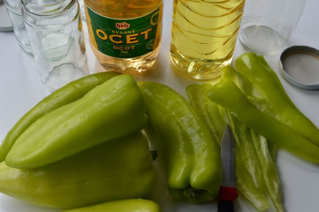 ingredients for pickled green peppers