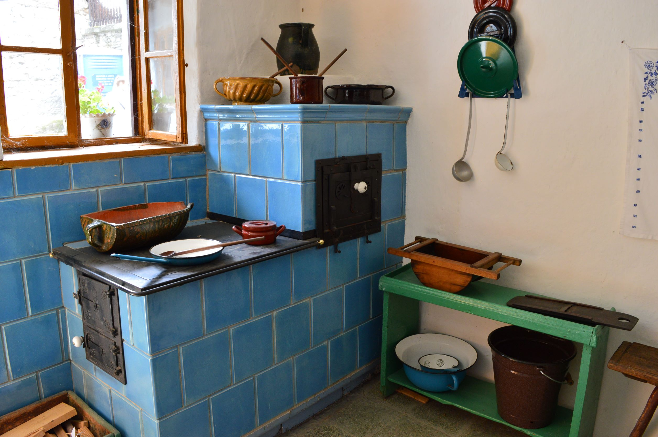 Kitchens of our Grandmas - featured photo